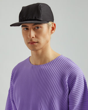 Basics Pleated Cap In Black