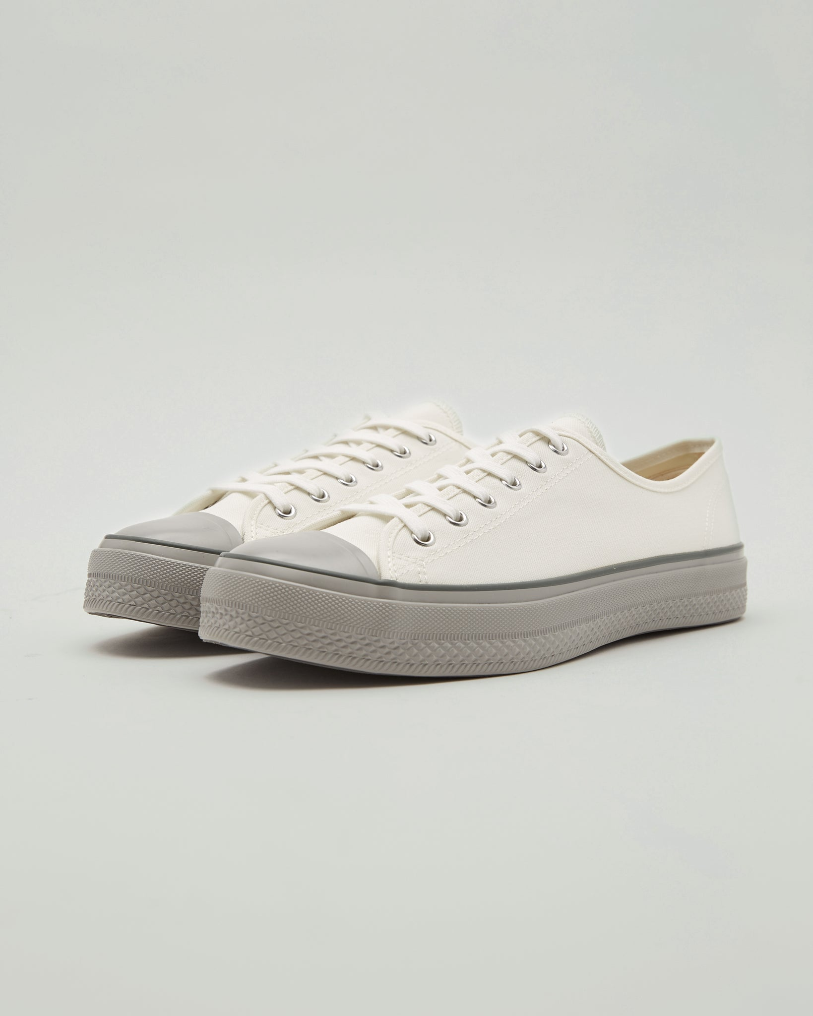 Canvas Low Sneakers in Gray