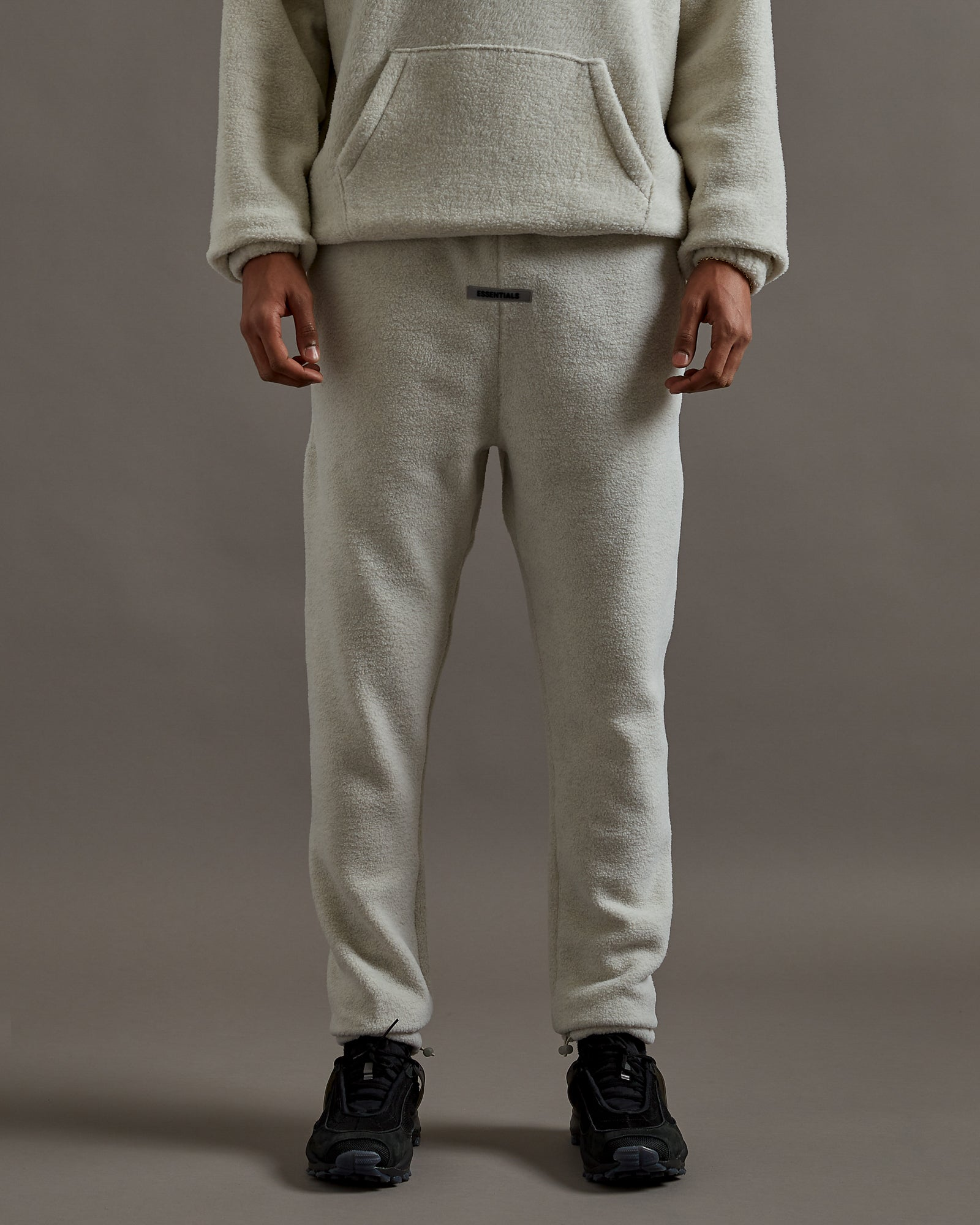 Polar Fleece Sweatpants in Oatmeal