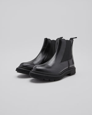 Etudes Type 146 Boot in Black