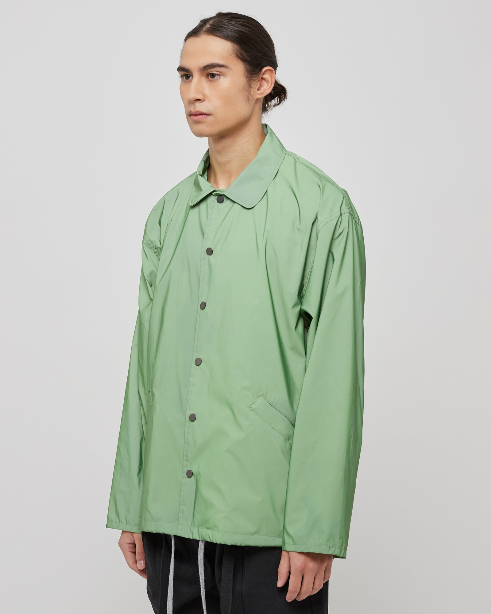 Coaches Jacket in Army Iridescent Green