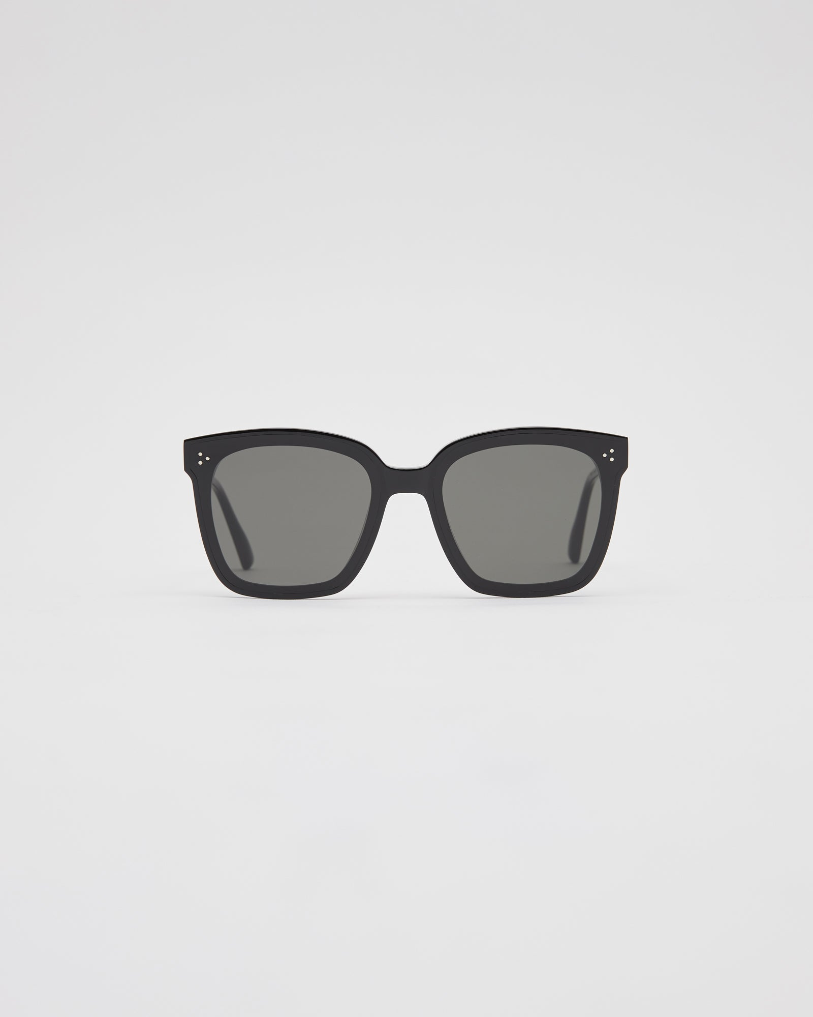Dreamer17-01 Sunglasses in Black