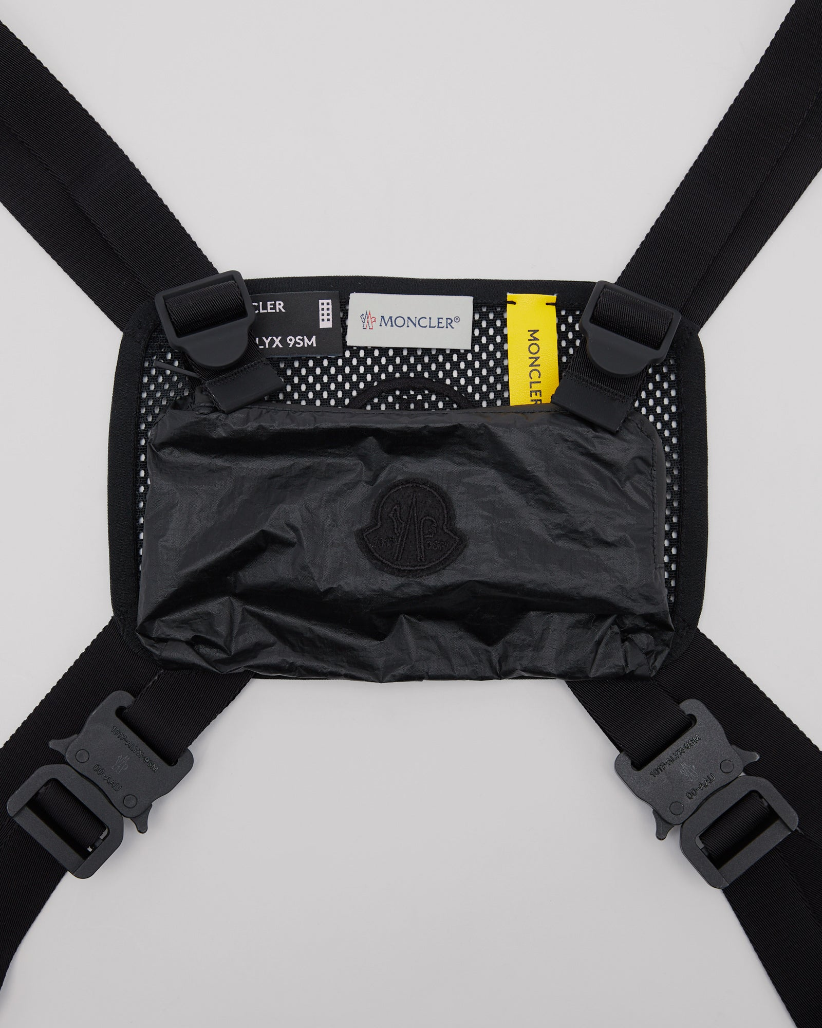 Hand Warmer Vest in Black
