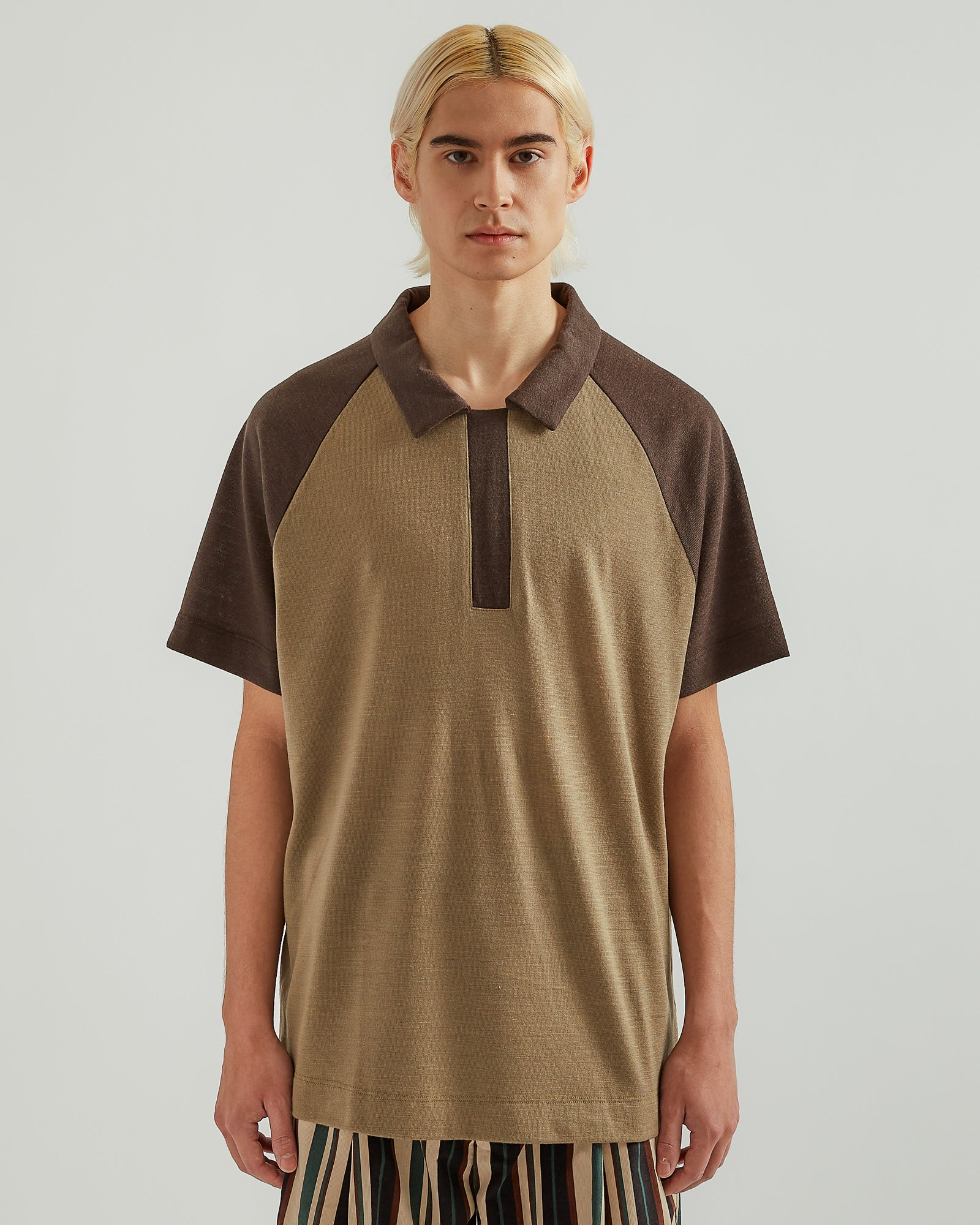 Home Away Polo in Brown/Army