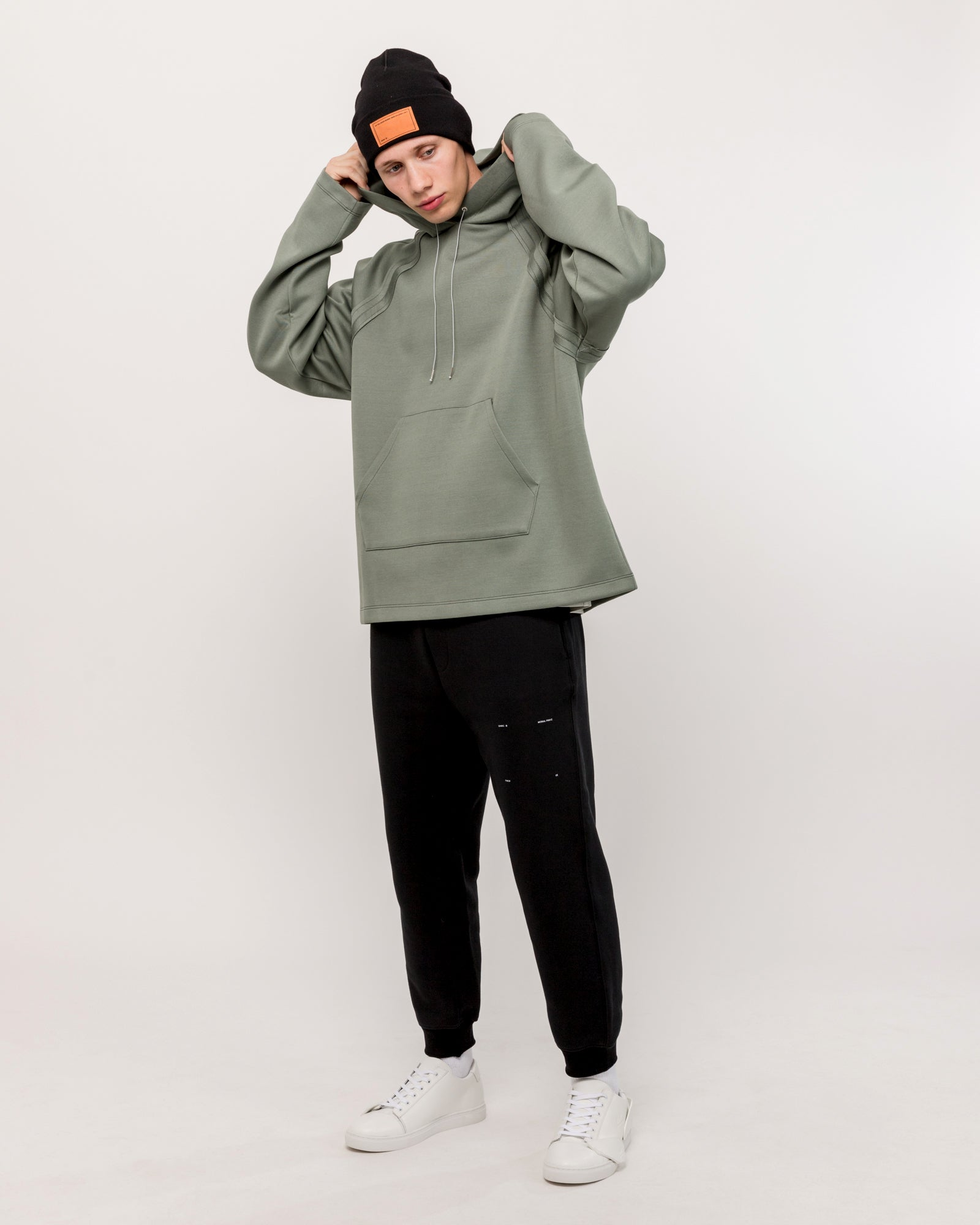 Dive Hoodie in Light Ivy