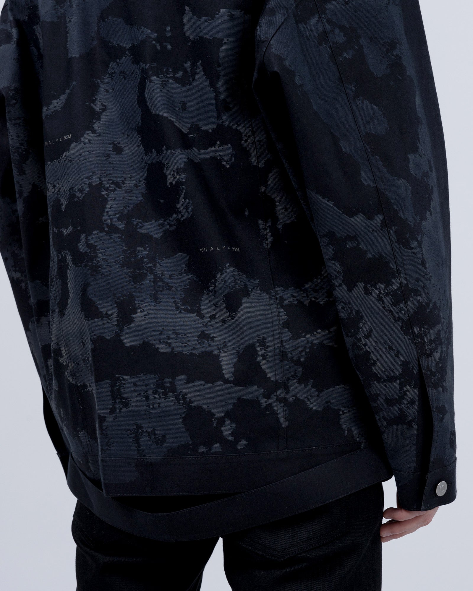 Mackintosh Oversized Denim Jacket in Black | 1017 Alyx 9SM