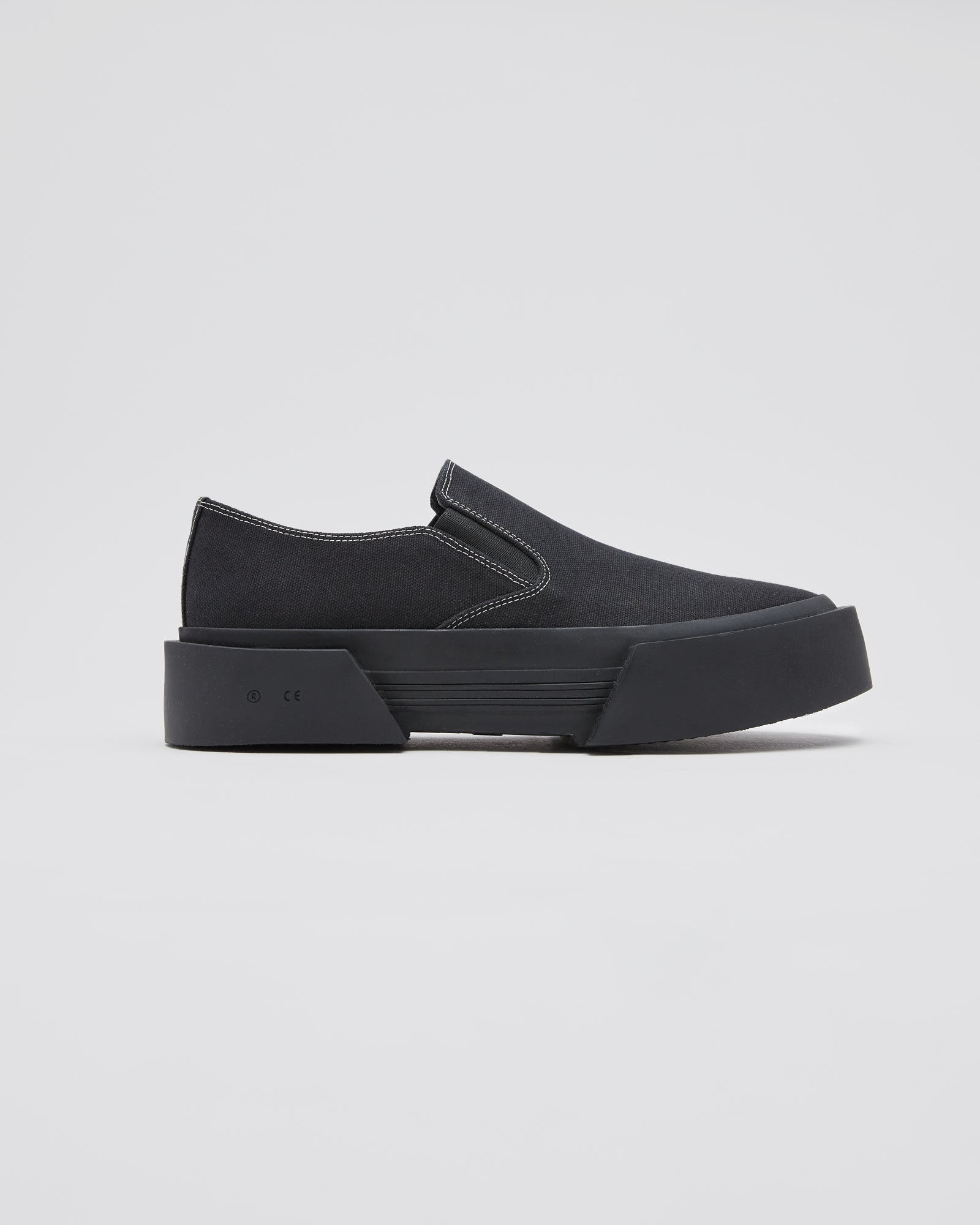 Inflate Slip-On in Black