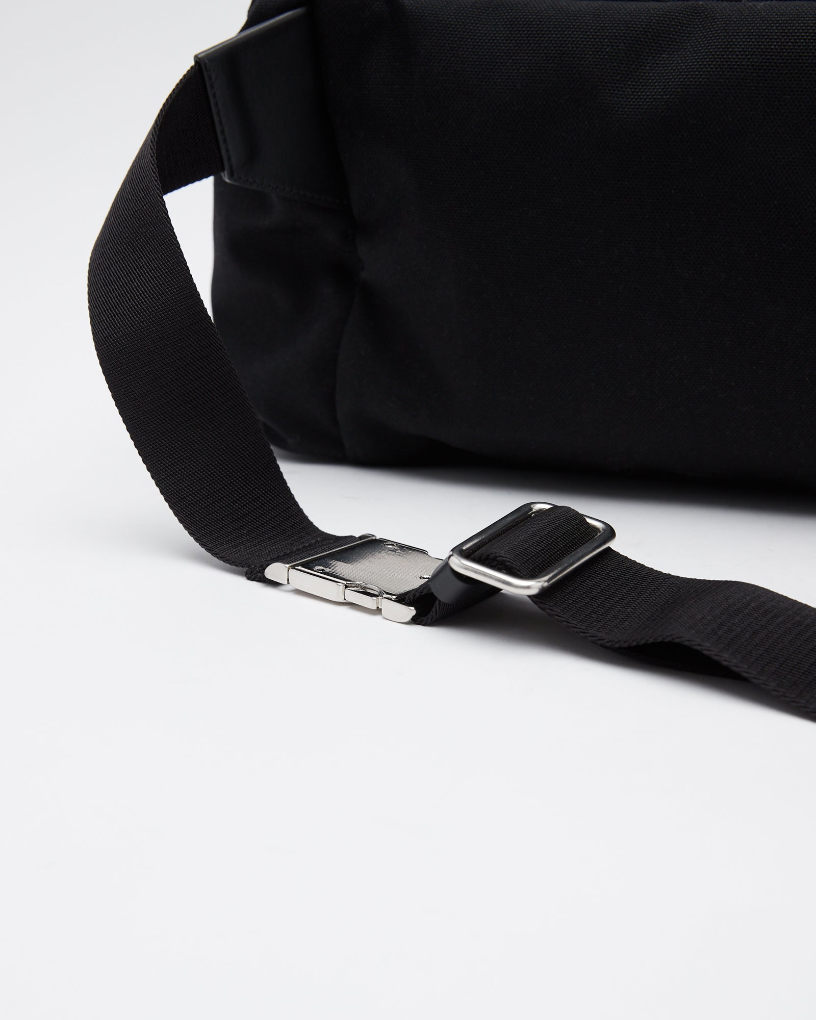 Climb Belt Bag in Black