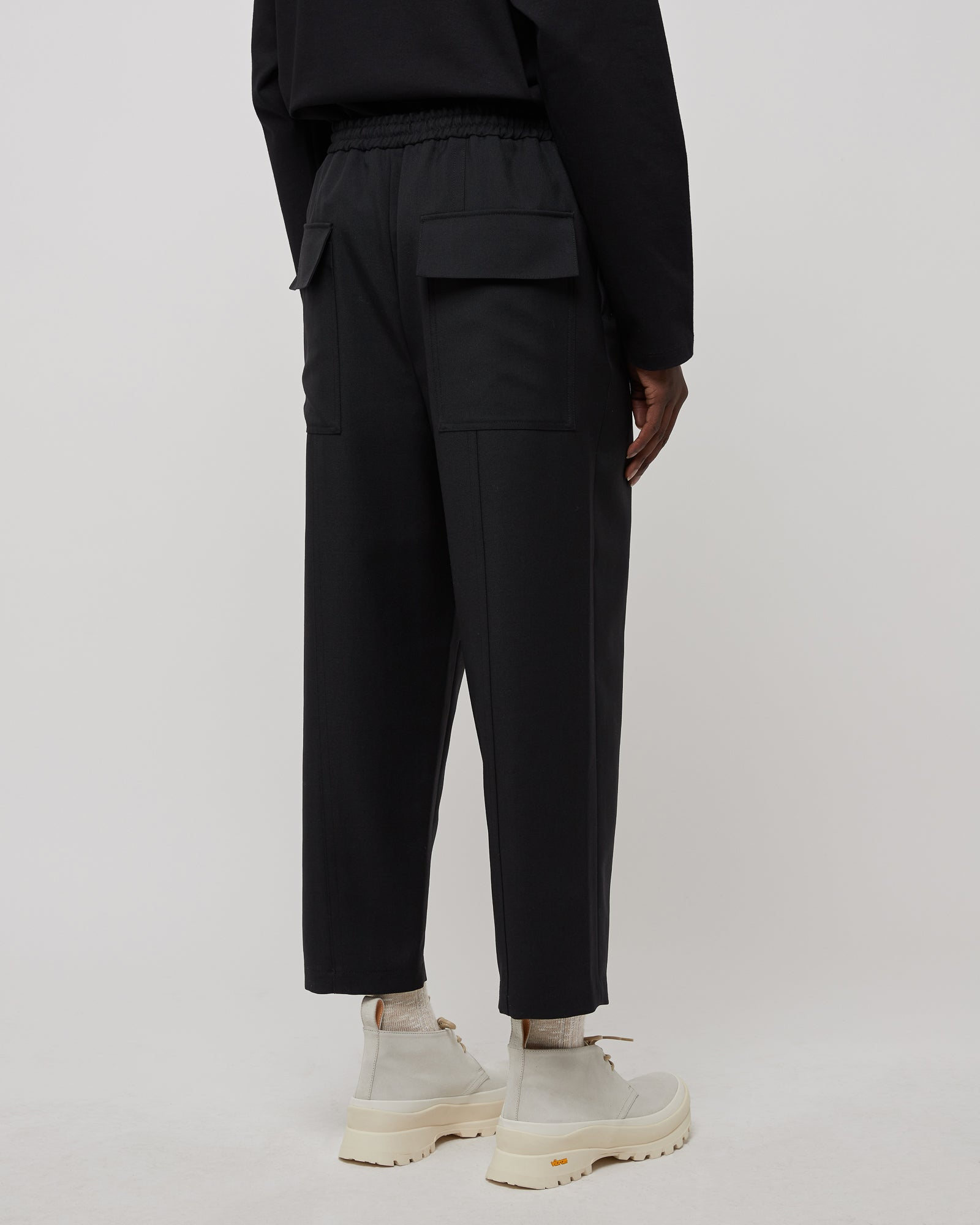 Alem Pants in Black
