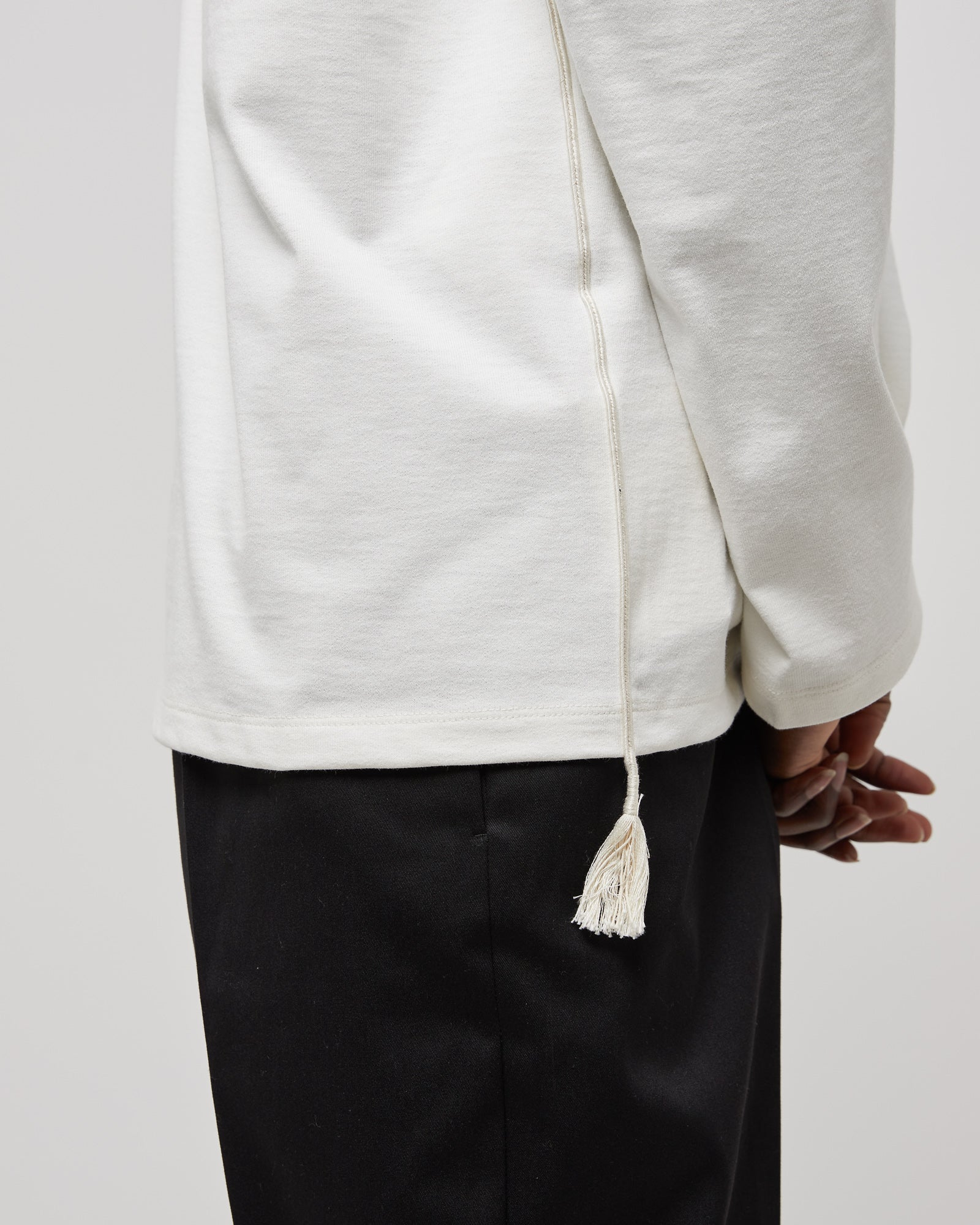 Embroidered L/S T-Shirt in Natural