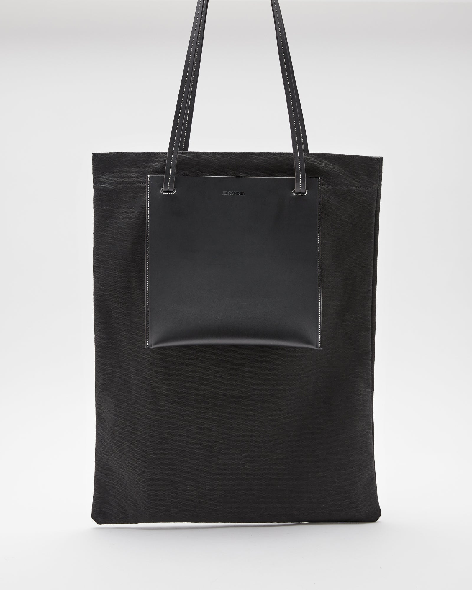 Pocket Flat Shopper Bag in Black