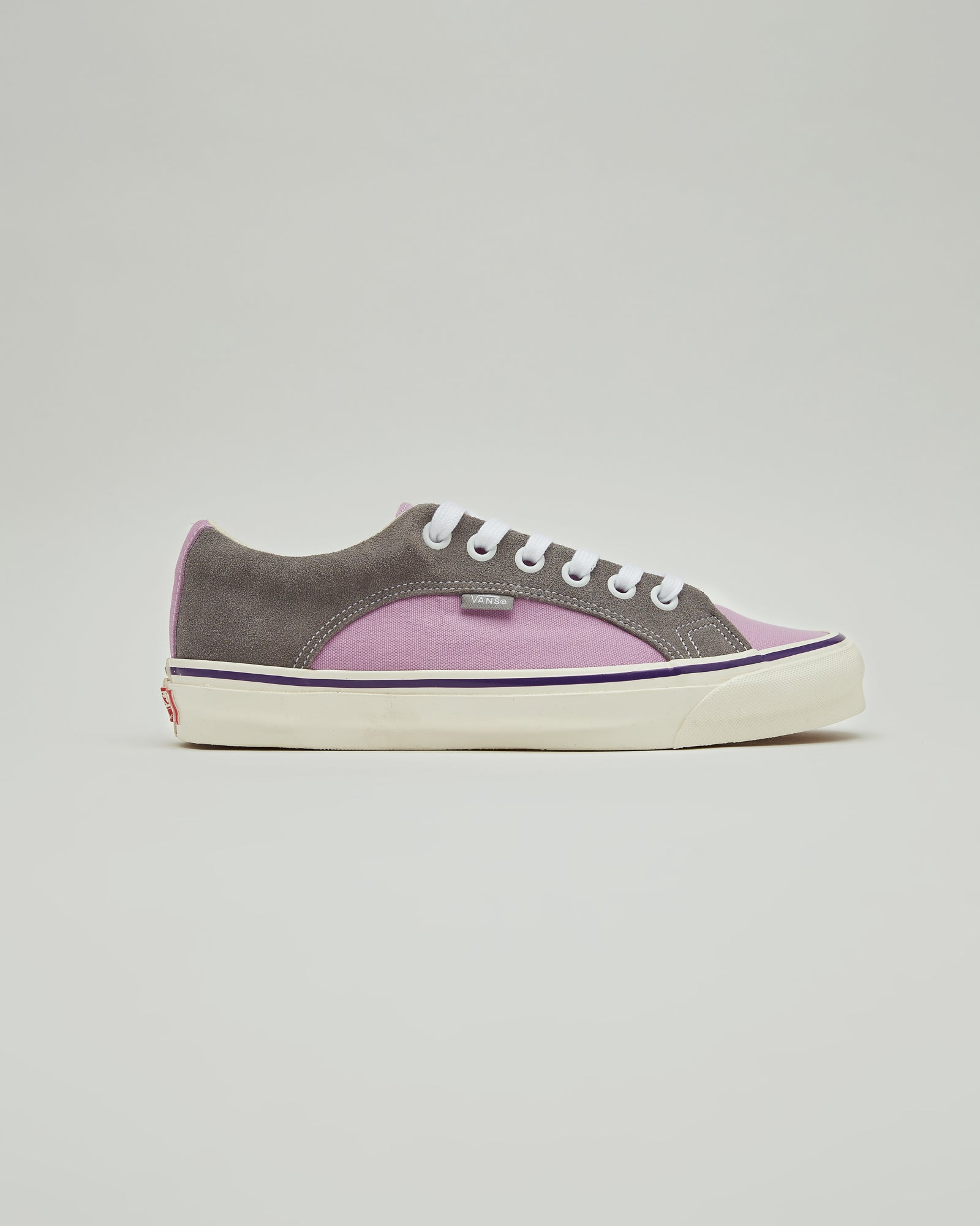 Lampin LX OG Sneakers in Purple and Gray