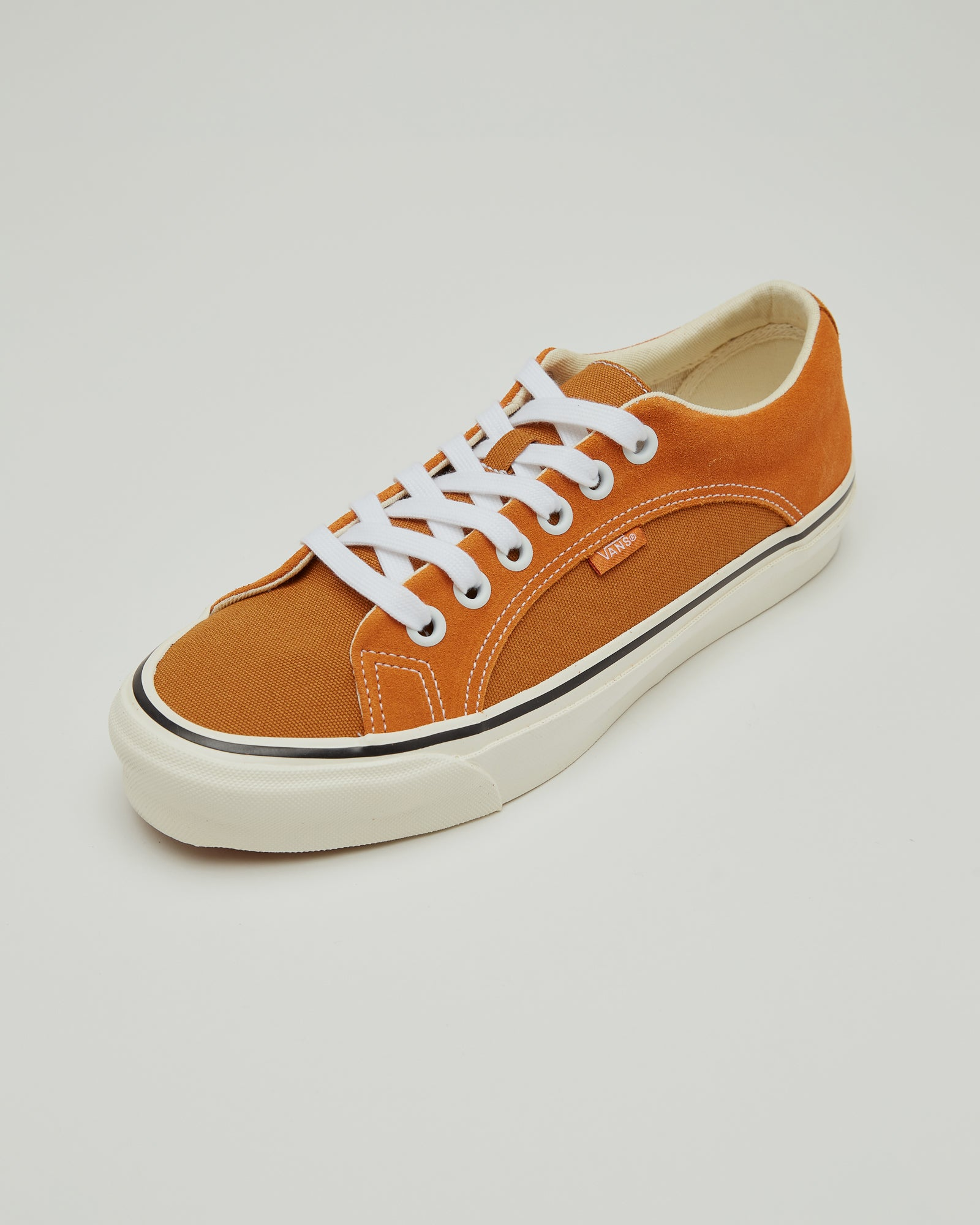 Lampin LX Sneakers in Orange and Tan