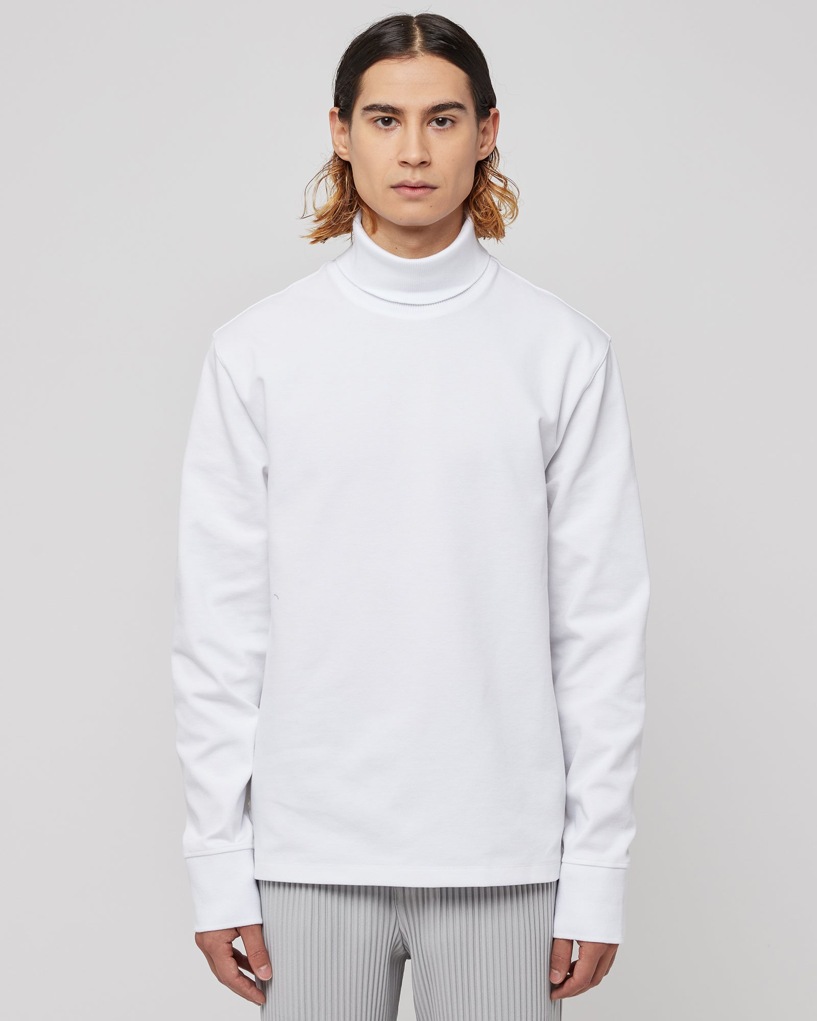 Long Sleeve Turtle Neck in Varsity Sport Vintage White