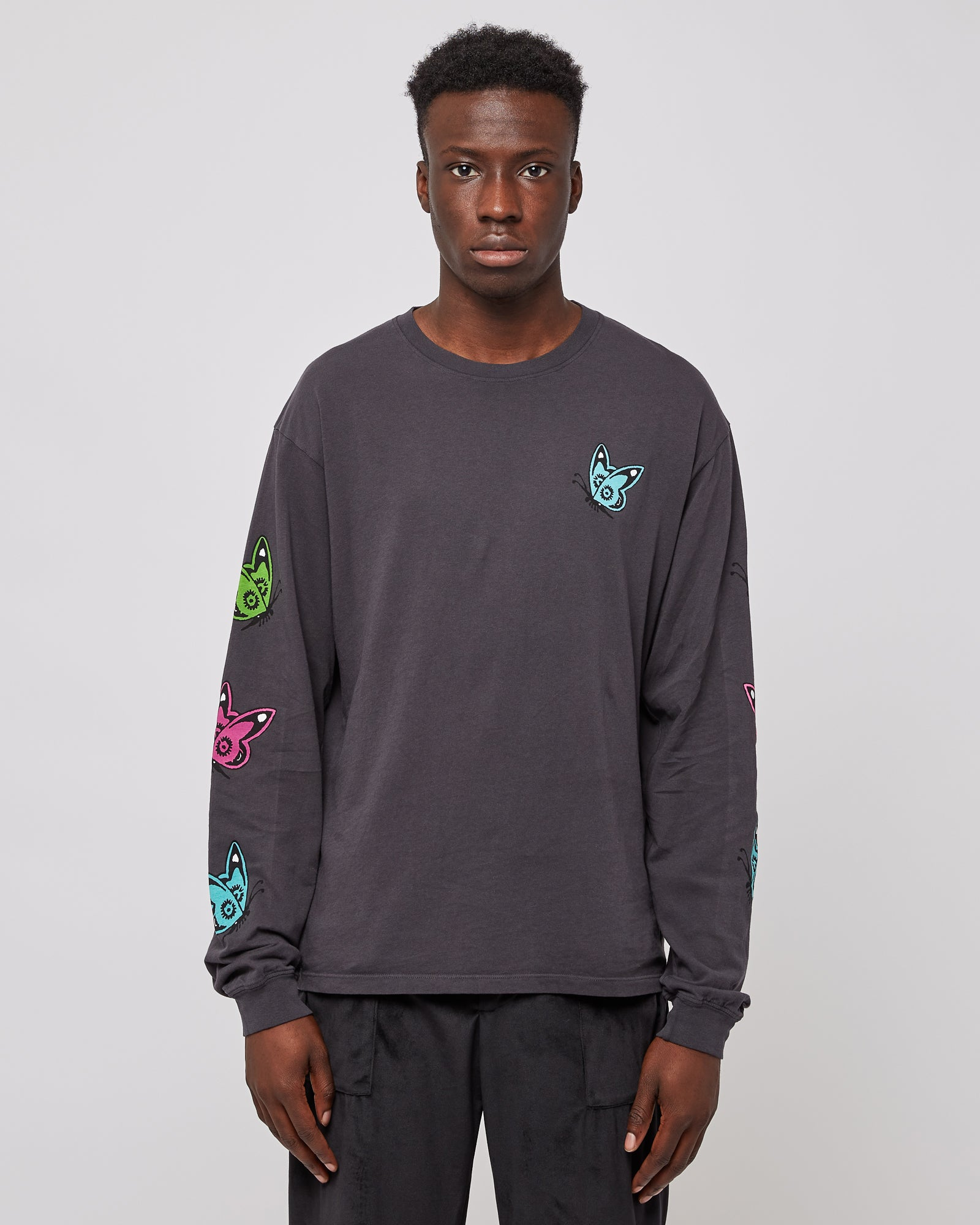 Love Like This L/s T-Shirt in Charcoal