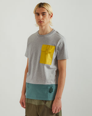 1Moncler JW Anderson Paneled T-Shirt in Gray