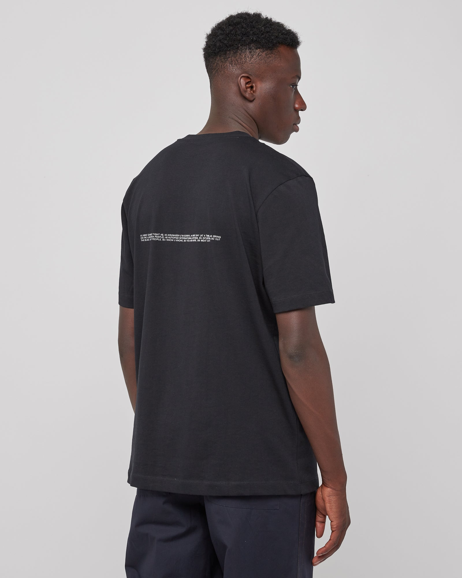 Mono T-Shirt in Black