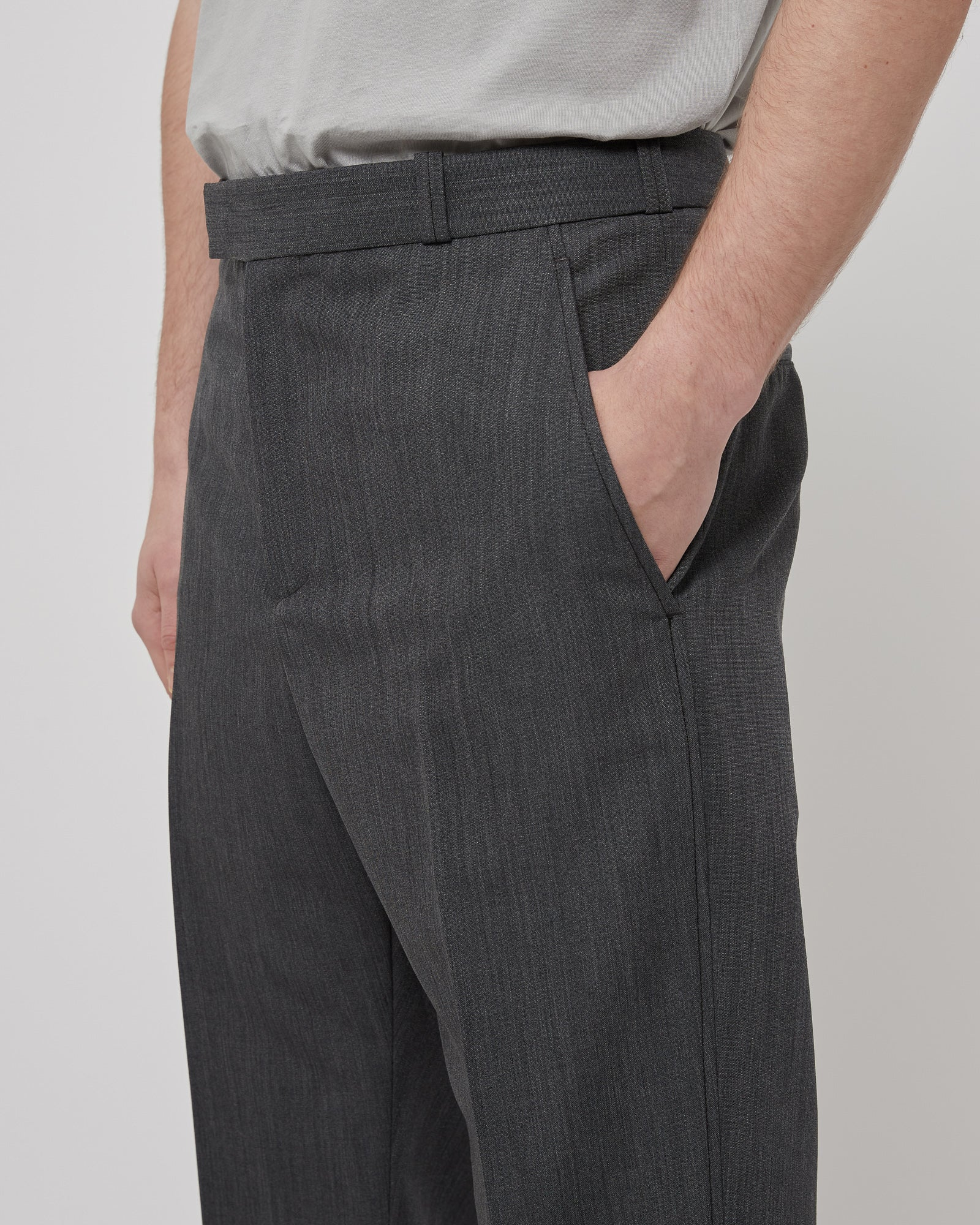 Idol Pant in Dark Gray
