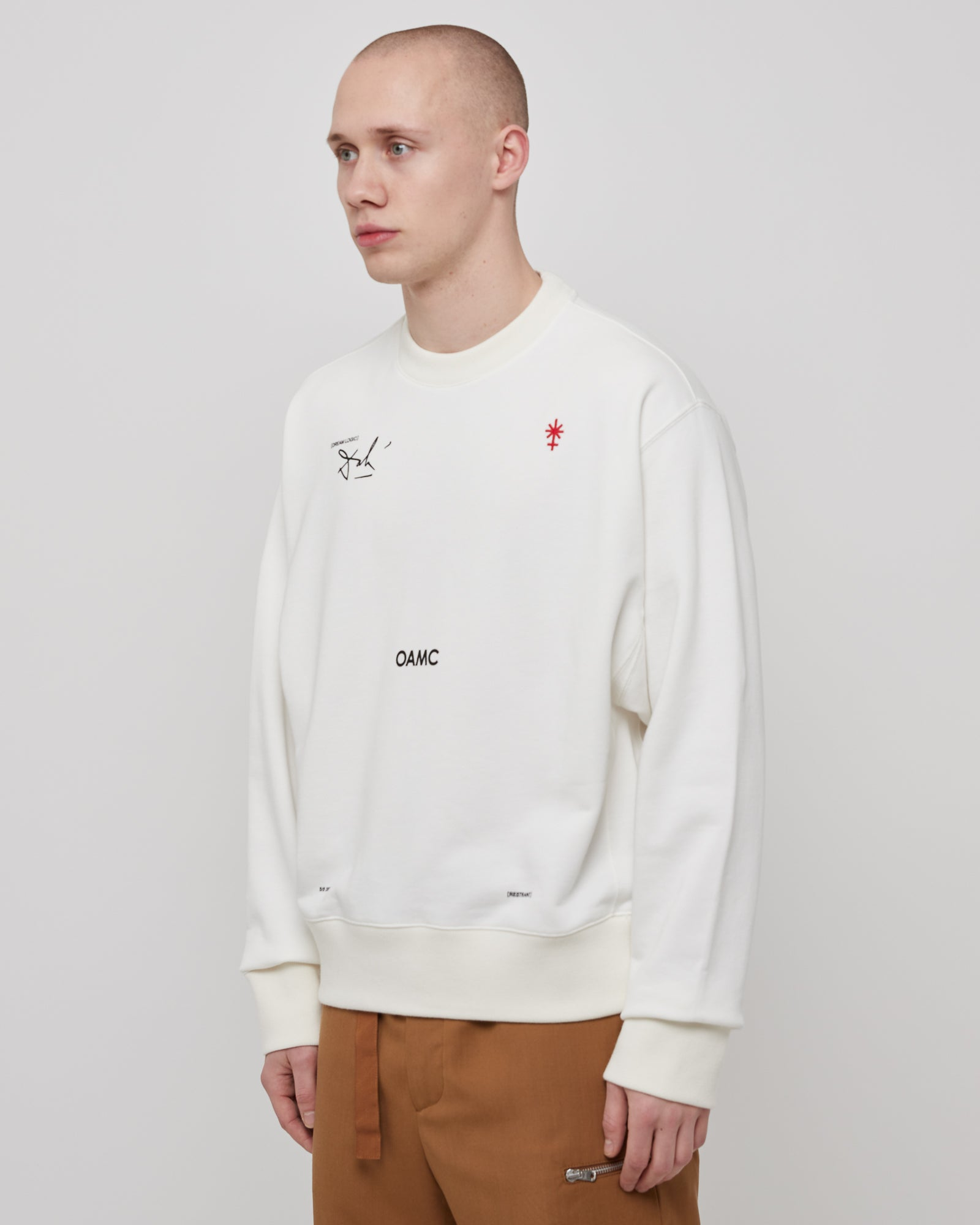 Logic Crewneck in Off White