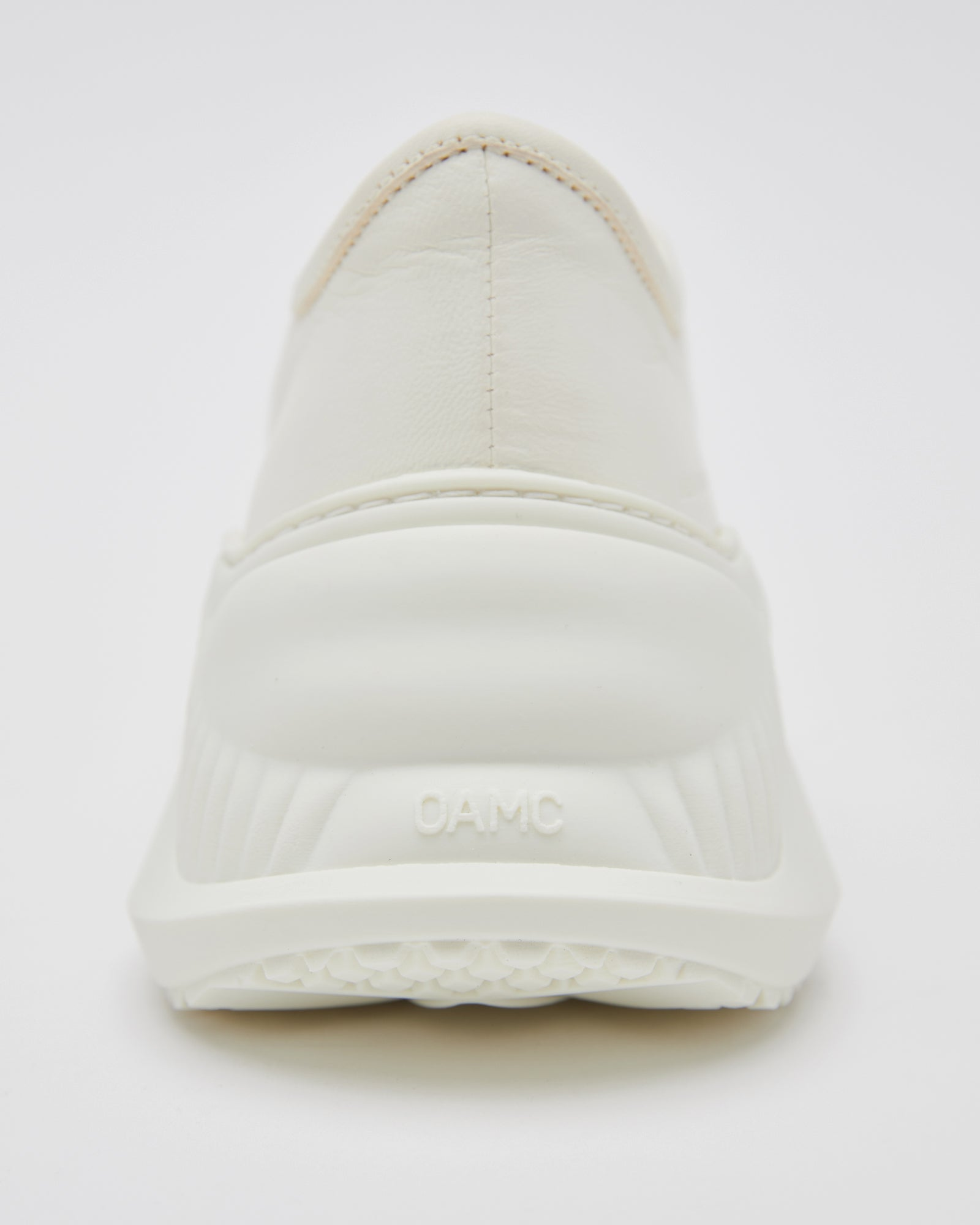 Free Solo Low in Natural White