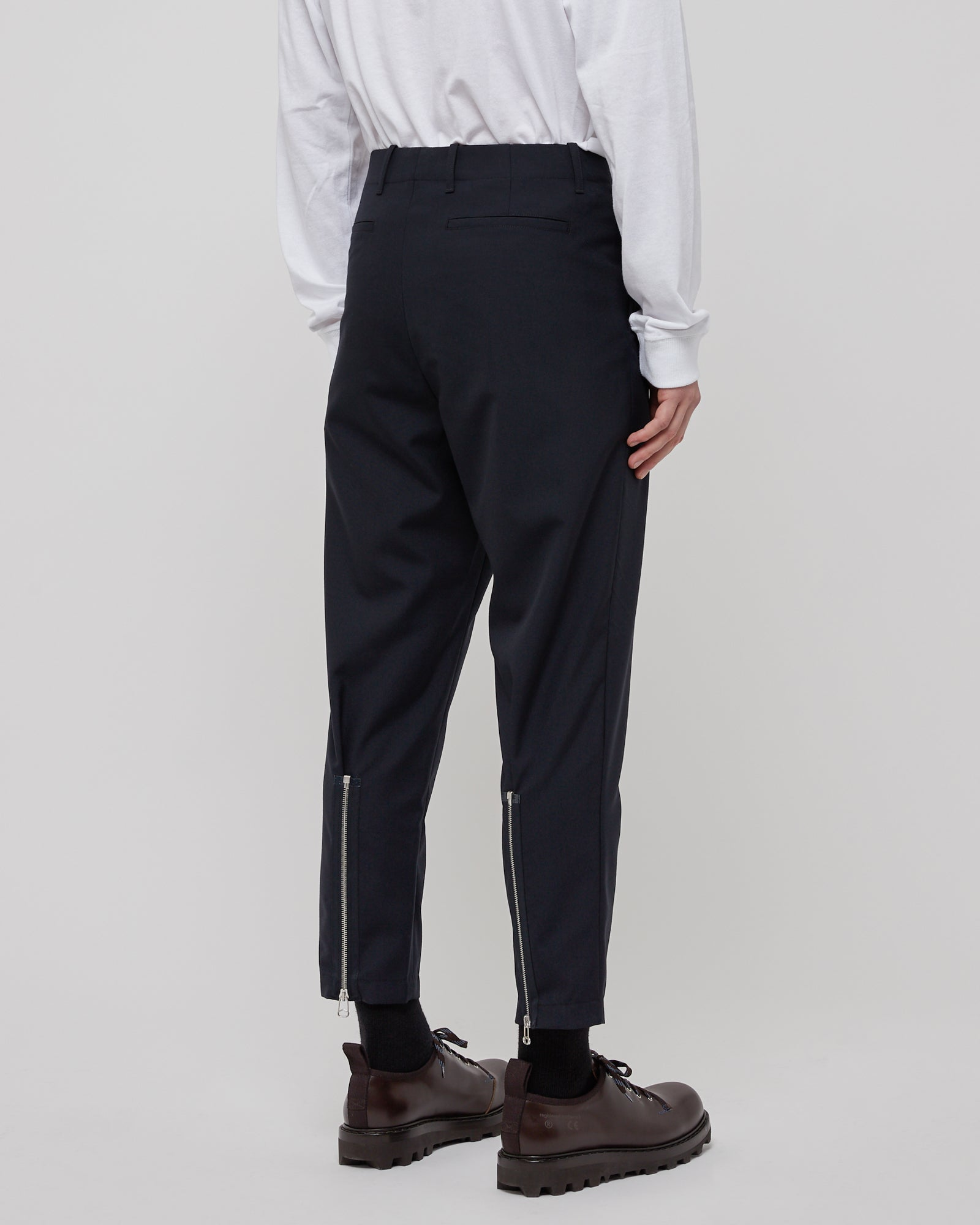 Cropped Wool Zip Pant in Navy