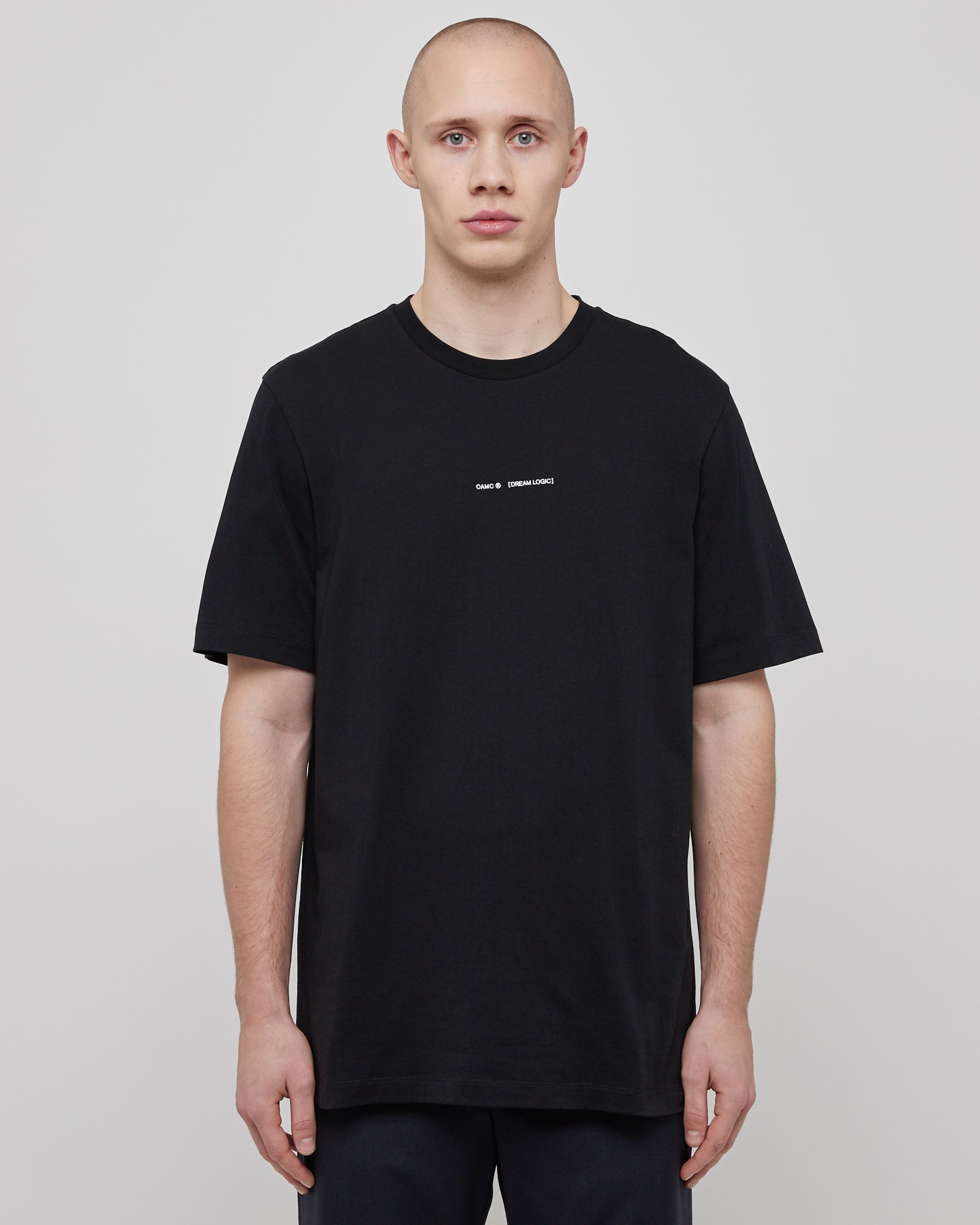 Traum T-Shirt in Black