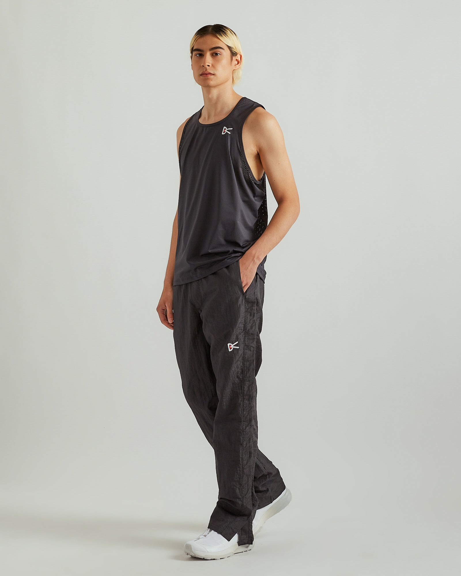 Peace-Tech Singlet in Black