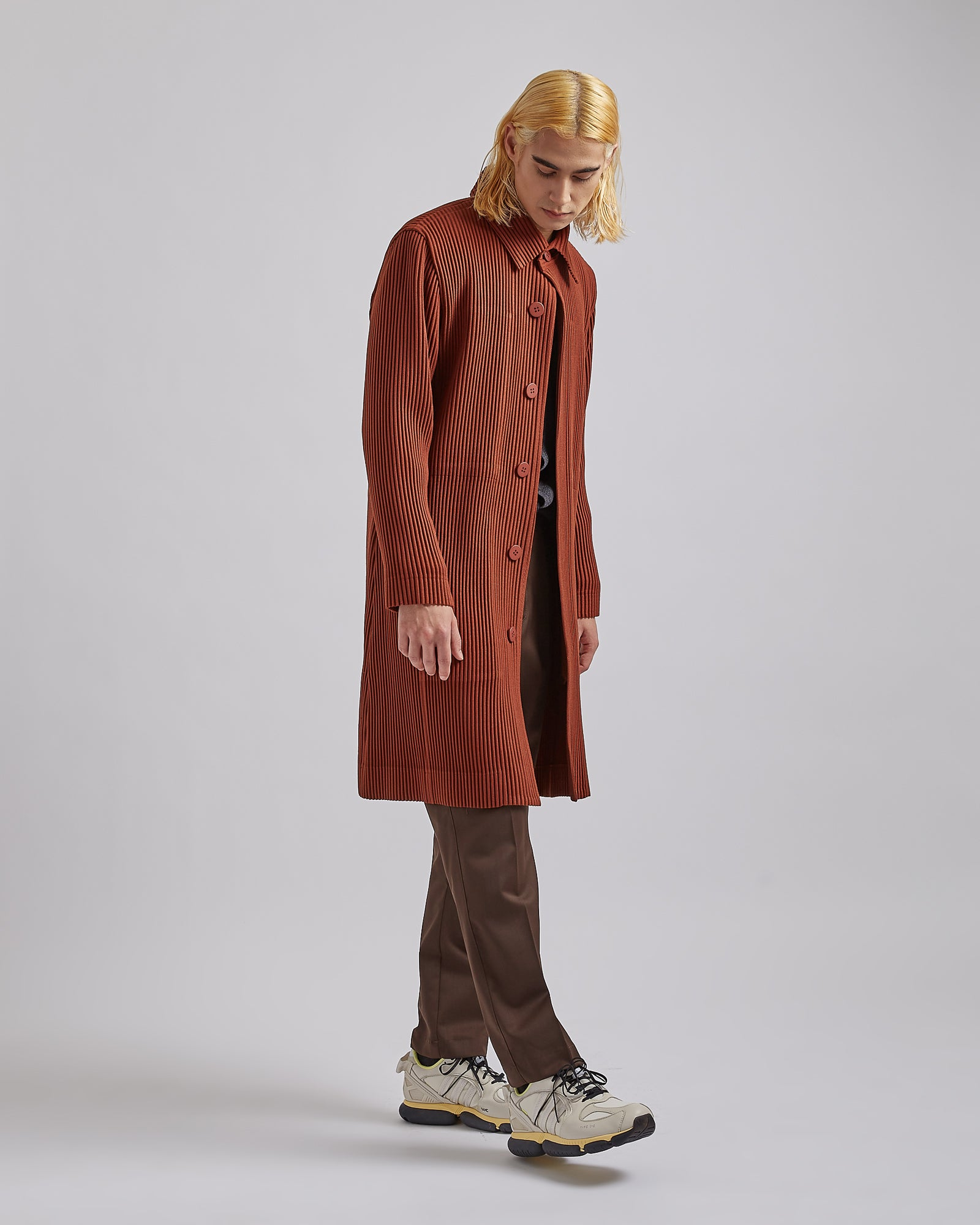 Pleated Basic Trenchcoat in Burnt Sienna