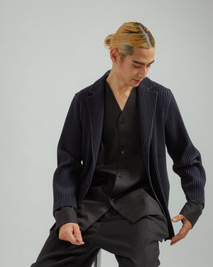 Pleated Blazer in Navy