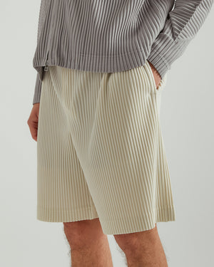 Pleated Shorts in Ivory