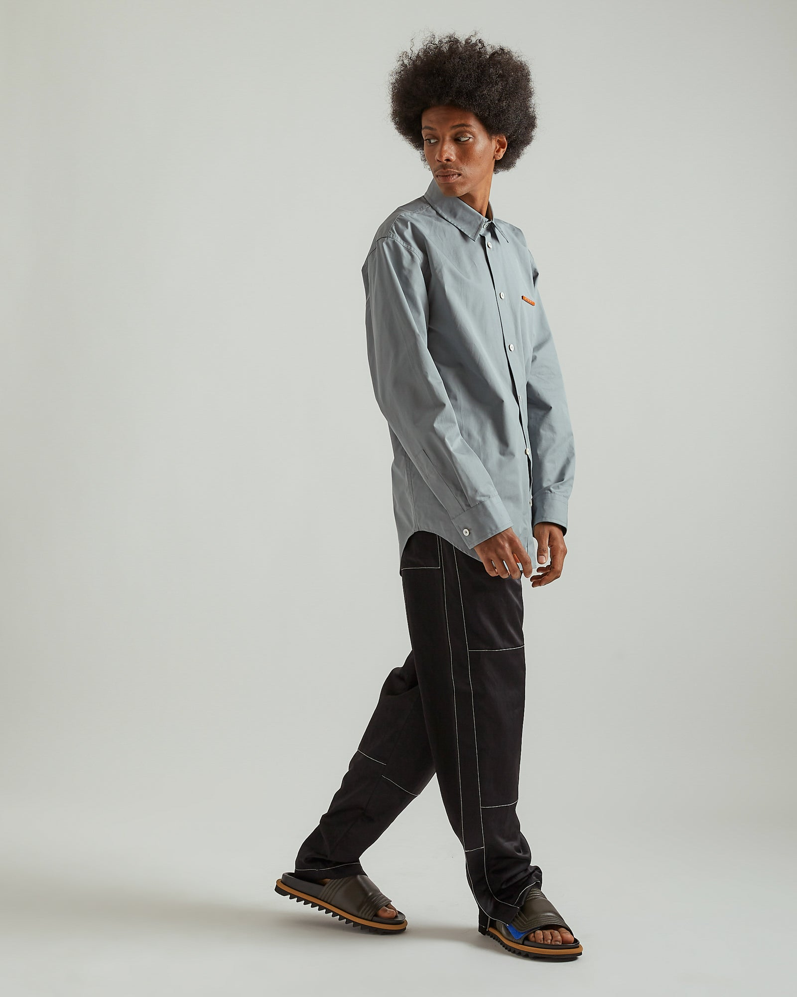 Poplin Shirt With Pin in Dark Gray