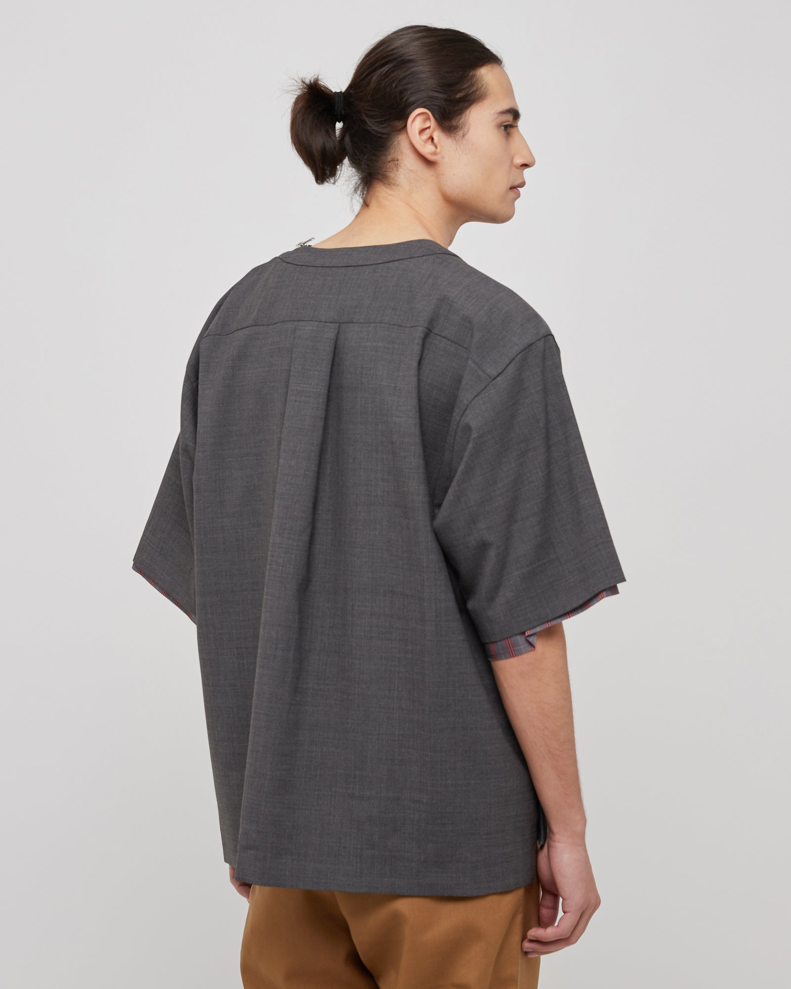 Suiting Pullover Shirt in Gray