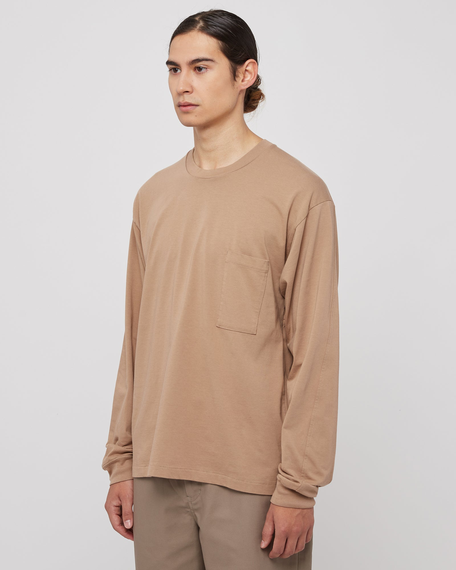 Slim Pocket Long Sleeve in Beige