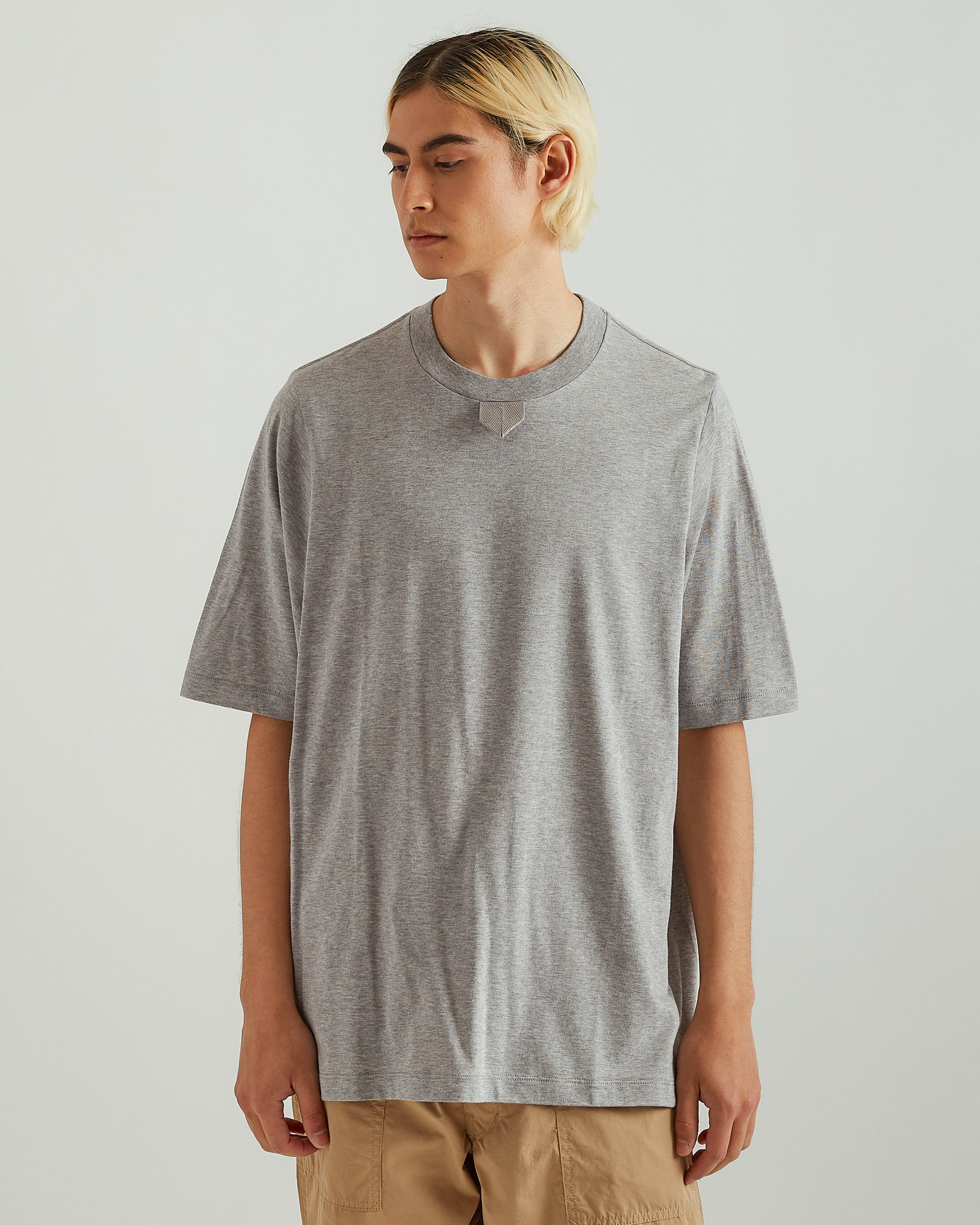 T-Shirt With Tape in Gray