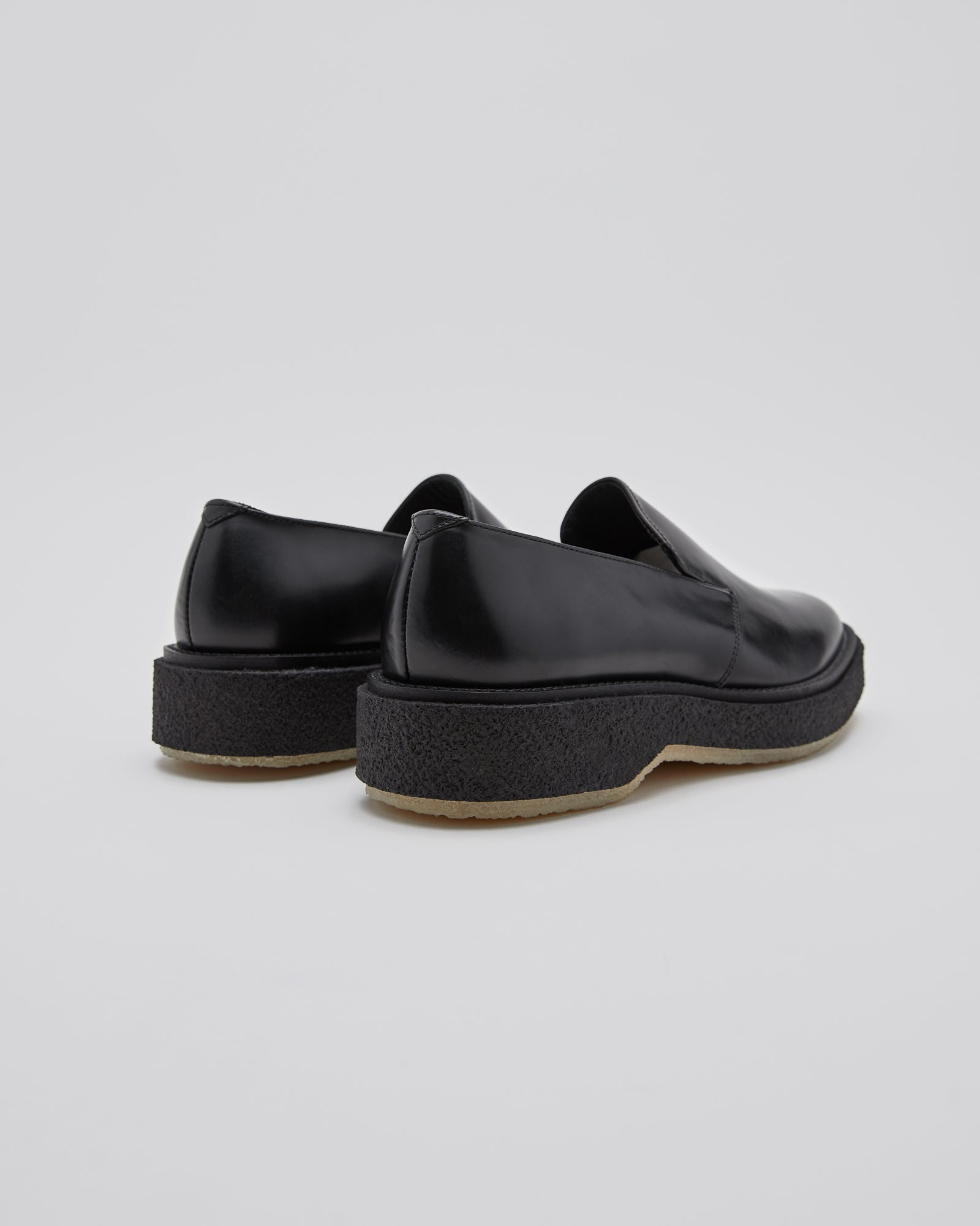 Type 139 Loafer in Black