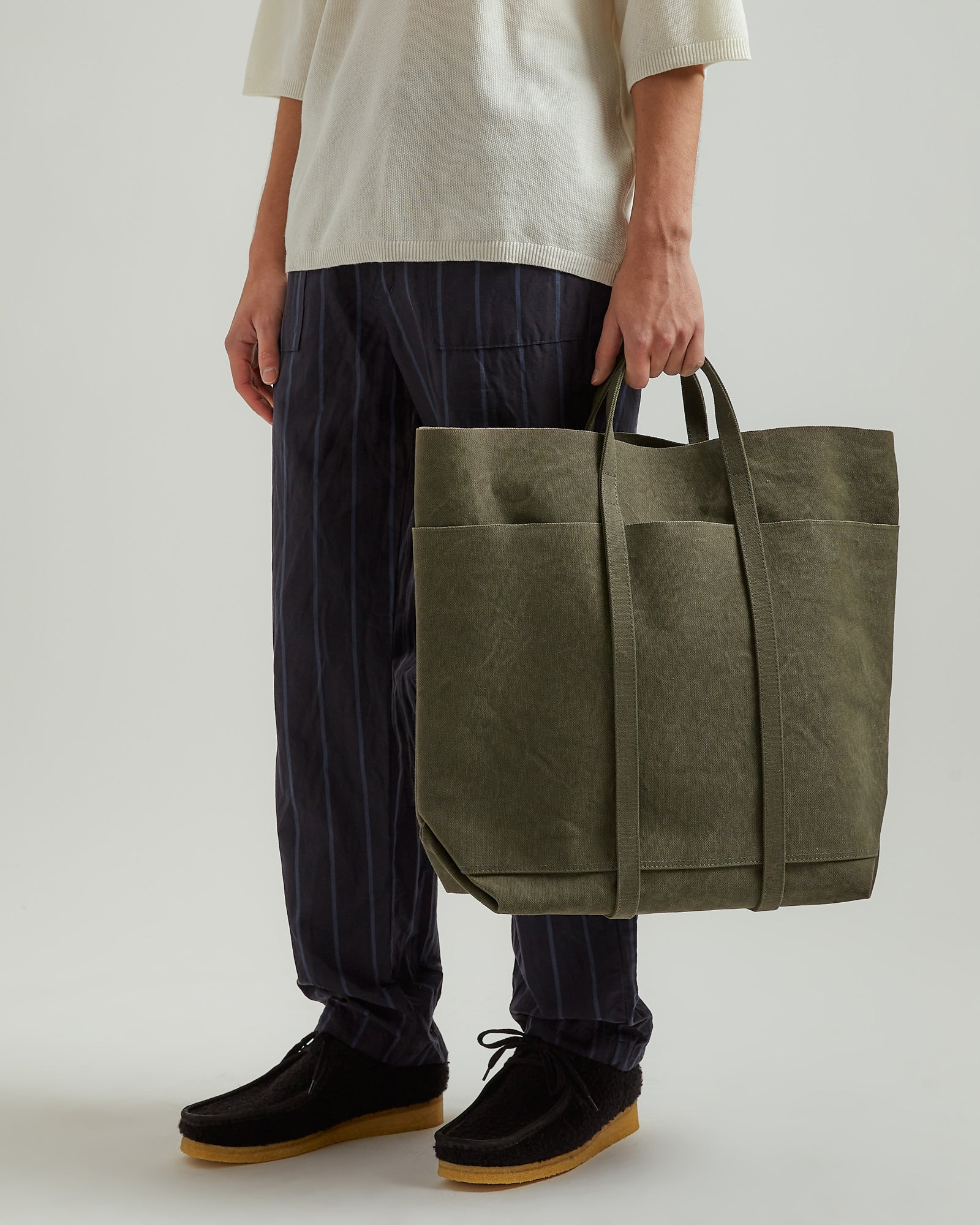 Washed Canvas 6P Tote Bag in Olive (T)