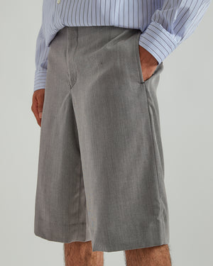 Wool Serge Shorts in Gray