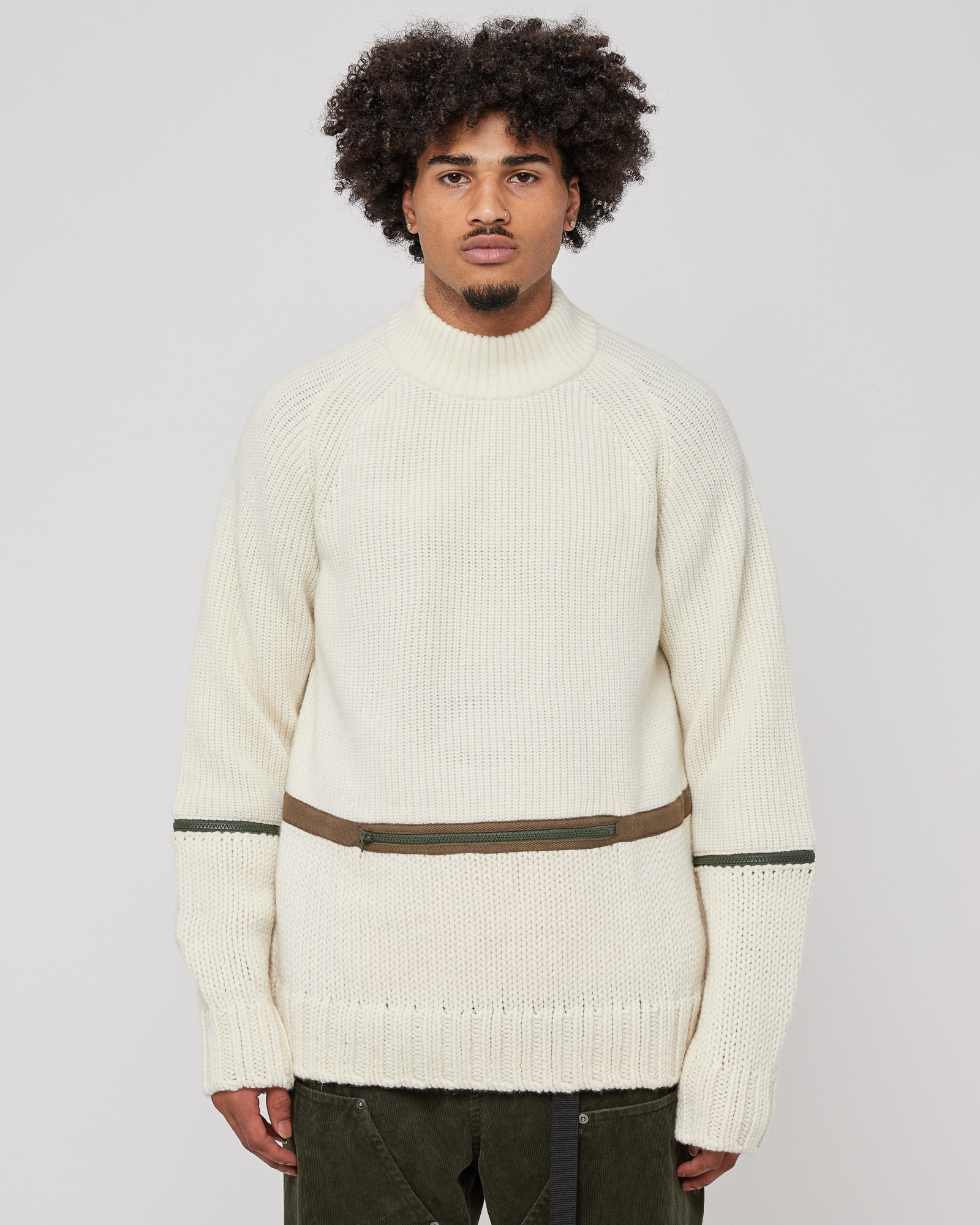 Wool Knit Pullover in Off-White