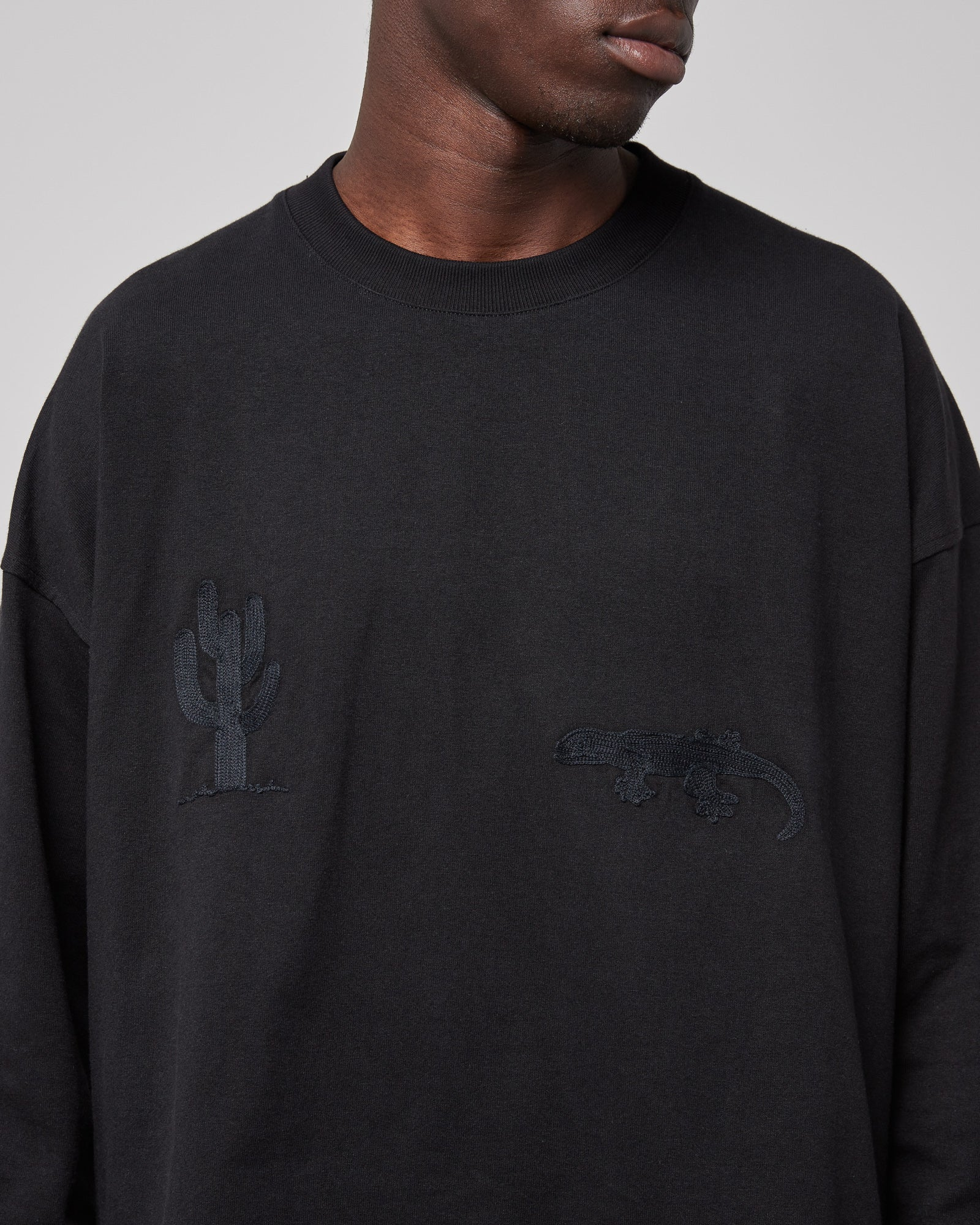 Cactus L/S T-Shirt in Black