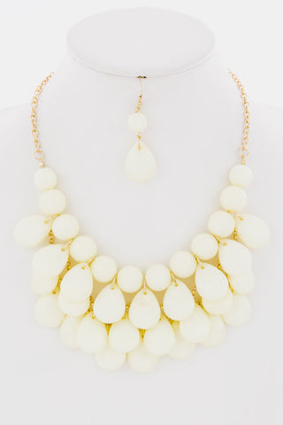Big Bold Statement Necklace -- Cream -- Sassy Deal