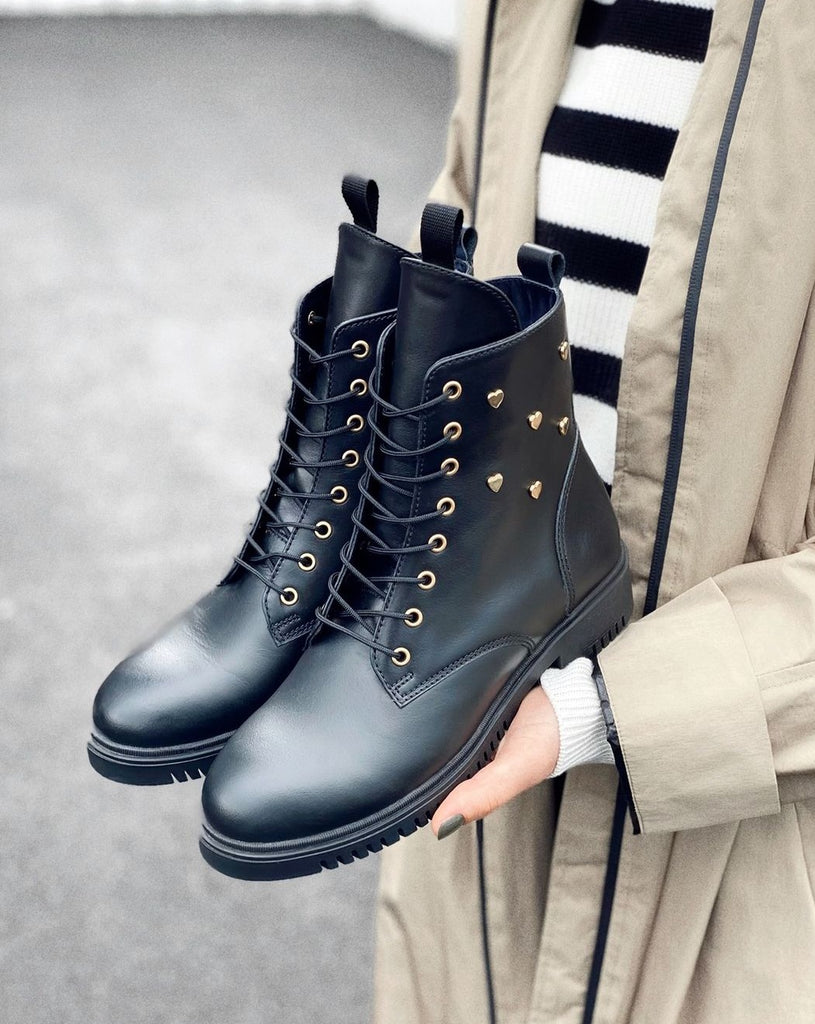 Boots H1