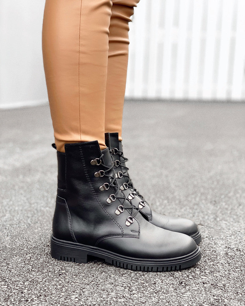 Boots H2