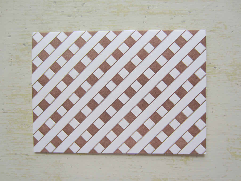 lattice brown folded notes
