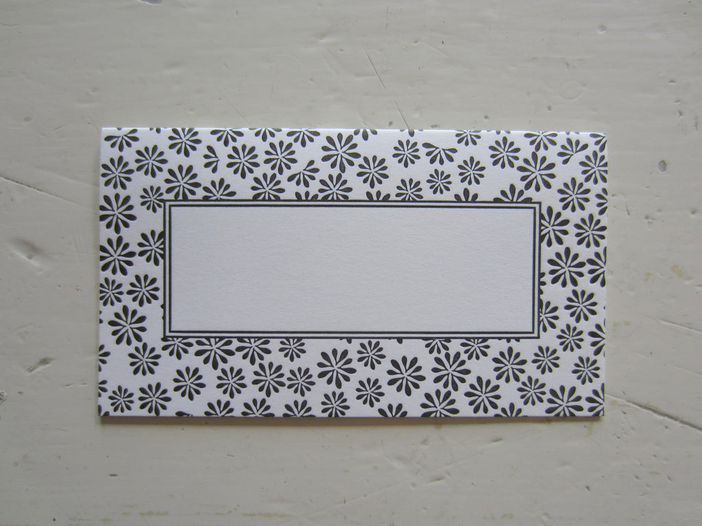 ditsy black place cards