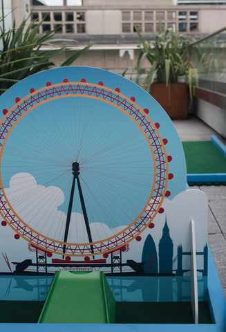 London themed crazy golf obstacles