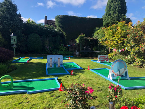 Birthday crazy golf hire for home
