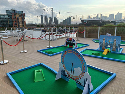 Mini Golf courses and equipment for corporate events