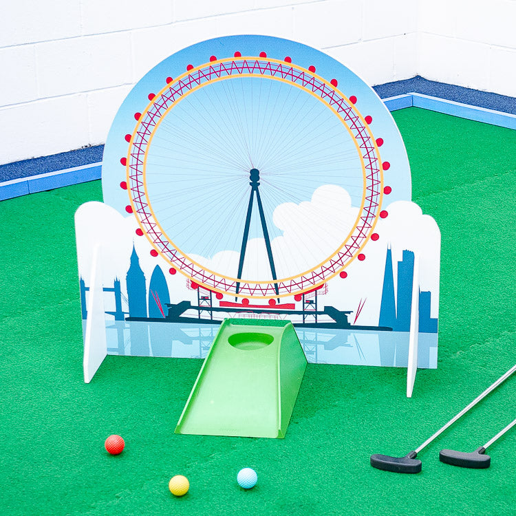 London Eye minigolf obstacle and wave obstacle