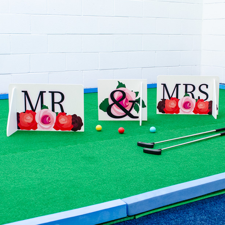 Wedding hire minigolf Mr & Mrs