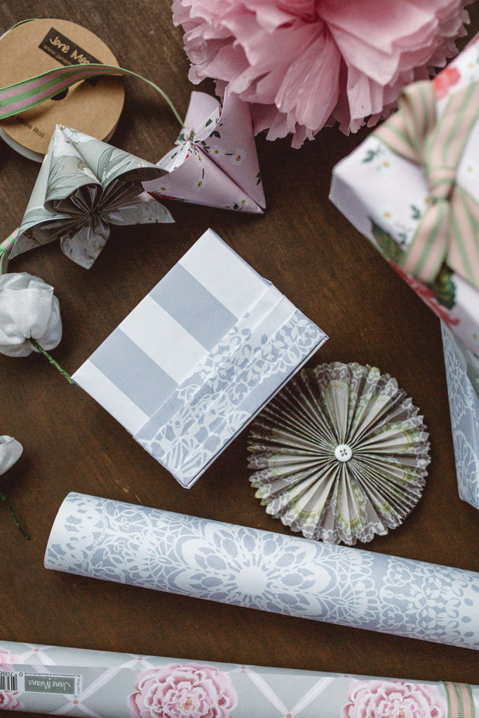 Gift Wrapping Masterclass / 16 Mar Sat 1000-1300 hrs